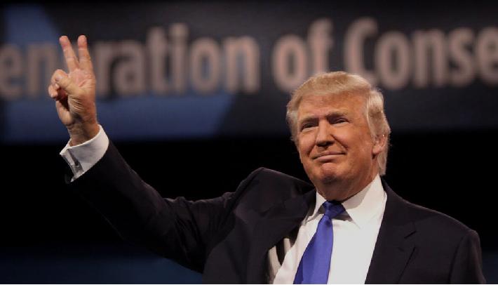 トランプの米国とどう向き合うか? (11)~トランプ氏の大統領就任式に民主党議員が大量欠席 途中退陣したニクソン大統領以来の事態