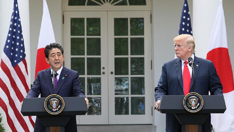 日米首脳会談後の安倍晋三総理大臣とドナルドトランプアメリカ大統領の記者会見の様子(官邸のHPより)