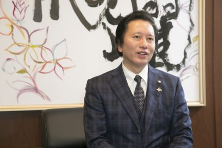 """【LIFE SHIFT】""""武道家""""社長が乗り越えた企業の再建"""